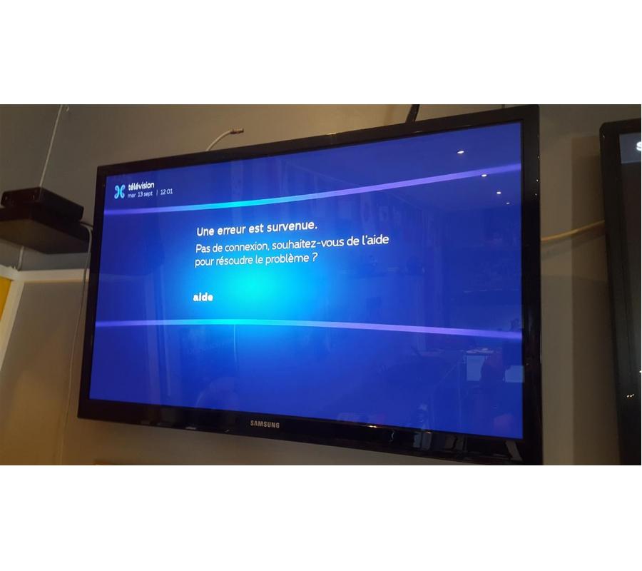 T l vision samsung ps43e450 43 39 39 109cm avec t l commande - Meubilair tv industrie ...