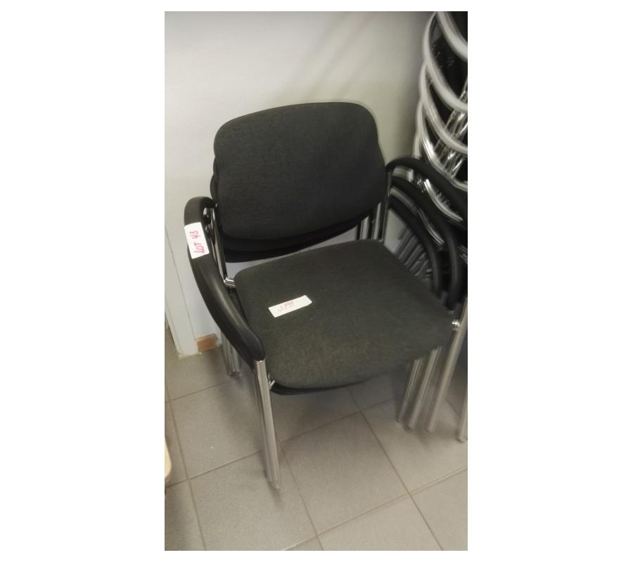 chaises en tissu avec accoudoir. Black Bedroom Furniture Sets. Home Design Ideas