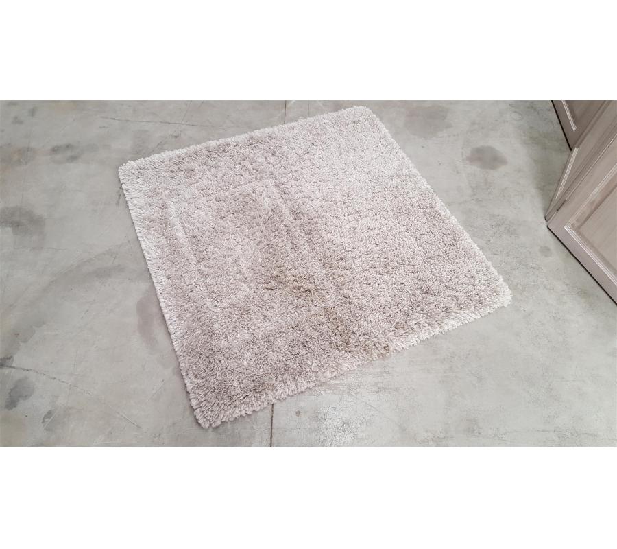 petit tapis en tissu blanc cr me 100x100. Black Bedroom Furniture Sets. Home Design Ideas