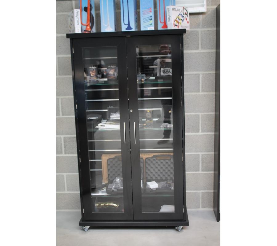 armoire vitr e en bois laqu noir 2 porte. Black Bedroom Furniture Sets. Home Design Ideas