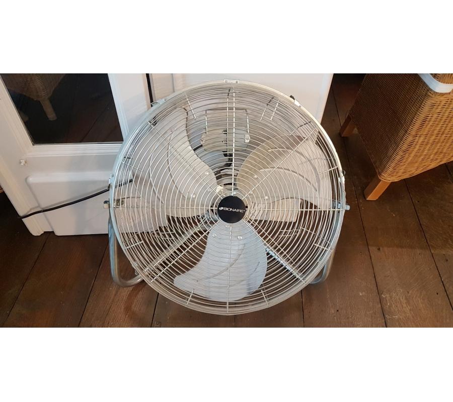 Ventilateur de sol ± 35cm