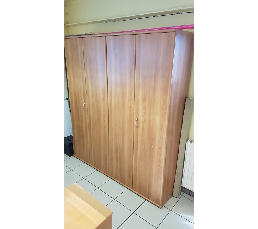 Armoire en bois 2 portes coulissantes 170x200x45cm for Armoire 2 portes coulissantes