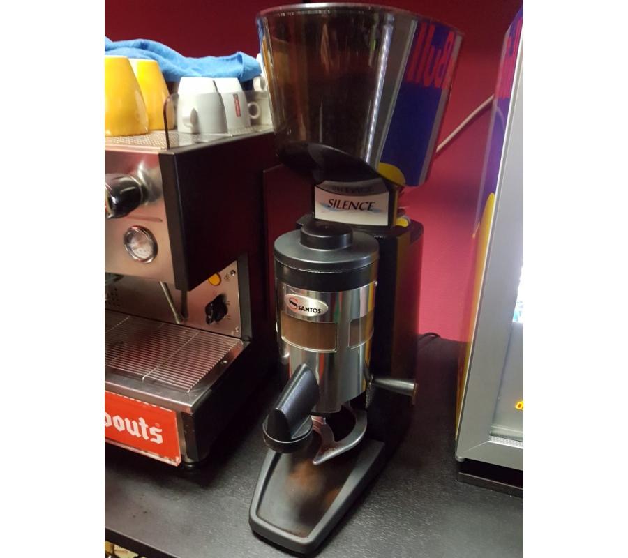 machine caf gaggia 2 groupes avec moulin caf santos. Black Bedroom Furniture Sets. Home Design Ideas