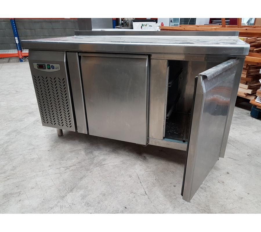 table frigo en inox 2 portes lufri bmg 15. Black Bedroom Furniture Sets. Home Design Ideas